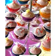 Изготовление тортов и печенья для различных видов празднований и торжеств фото
