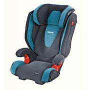 Детское автомобильное кресло RECARO Monza предназначено для детей от 15 до 36кг примерно от 4 до 12 лет. Регулируемый подголовник позволяет подстраивать кресло по мере роста ребенка имеет 11 вариантов регулировки в высоту фото