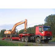 Перевозки негабаритных грузов тралом. фото