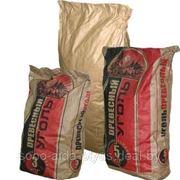 Уголь древесный фас. пакет по 3 кг. Доставка от 100 пак. фото