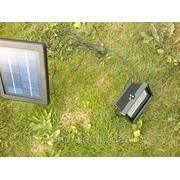 Светодиодный прожектор на солнечной энергии фото