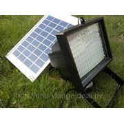 Очень мощный светодиодный прожектор на солнечной энергии с датчиком движения фото