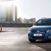 Автомобиль VW Touran фото