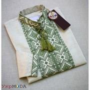 Патриотичная мужская рубашка с зеленой вышивкой (Б-01) фото