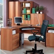 Столы офисные, стулья, перегородки фото