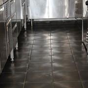 Базальтовая плитка для полов в кухнях фото