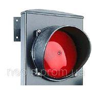 Светофорная лампа красная фото