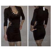 Платье стойка скамнями фото