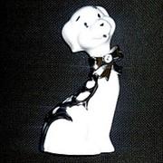 Сувенир Собака белая с бантом 4551 фото