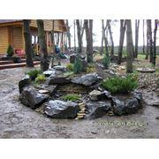 Ландшафтный дизайн с использованием разных видов камней фото
