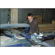 Услуги высококачественного раскроя фанеры мебельного щита плит МДФ ДВП на форматно-раскроечном станке. фото
