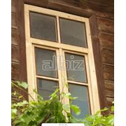 Изготовление оконных рам и входных и межкомнатных дверей из натуральной древесины. Работы по дереву древесным материалам фото