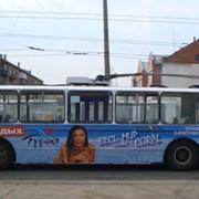 Размещение рекламы на общественном транспорте фото