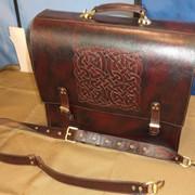 Сумка-порфель из натуральной кожи с кельтским орнаментом - изготовлю под заказ фото