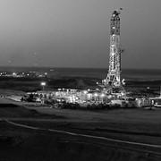 Бурение нефтяных скважин фото