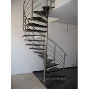Лестница 2 с перилами из нержавейки фото