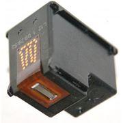 Заправка черного картриджа струйного принтера. фото