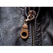 Замена деталей в кожаной одежде покраска изделий из кожи кожаные куртки пошив под заказ Киев Ремонт кожаных курток и кожаной одежды реставрация одежды из натуральной кожи фото