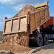 Песок речной строительный насыпью фото