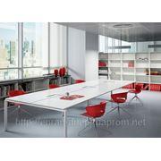 Мебель, столы для комнаты переговоров фото