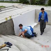 Услуги по строительству плавательных бассейнов фото