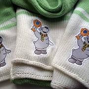 Вышивка на шапках, шарфах и полотенцах фото