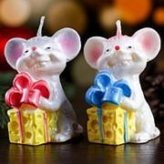 """Свеча декоративная """"Мышка с подарком"""", микс, 4×6×7 см фото"""