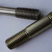 Шпильки ОСТ 26-2040-96 для фланцевых соединений  фото