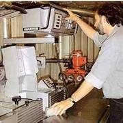 Тестирование оборудования деревообработки. фото