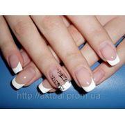 Коррекция ногтей с применением гелевой технологии «Френч» фото