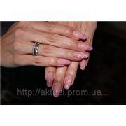 Перенаращивание ногтей (снятие ногтей; наращивание «Френч») на типсе фото