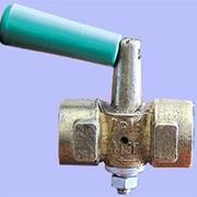 Кран трехходовой натяжной муфтовый 11Б18бк (Ду15) фото