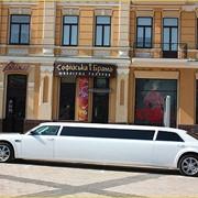 Оформления на свадебное авто, аренда лимузина! фото