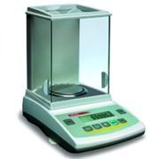 Весы аналитические ANG 200С профессиональные электронные AXIS с автоматической внутренней калибровкой, легко адаптируются к изменениям окружающей среды и отличаются исключительной точностью измерений, стабильностью показаний и надежностью фото