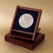 Медаль подарочная, на подставке фото