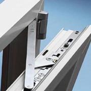 Фурнитура для алюминиевых и металлопластиковых изделий. фото