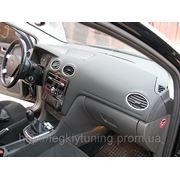 Перетяжка кожей торпедо Ford Focus фото