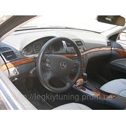 Перетяжка кожей торпедо Mercedes E200 фото