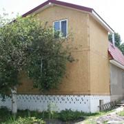Дома панельные деревянные. Дом из СИП панелей. фото