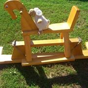 Игрушки-каталки лошадка деревянная фото