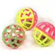 Решетчатый шарик с колокольчиком фото