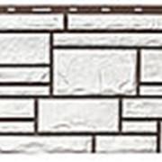 Фасадная панель Т-сайдинг Дикий камень Белый фото