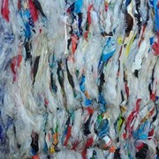 Отходы полиэтиленового сырья - пленка из магазина. фото