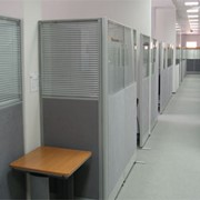 Cистема мобильных перегородок X-PRESS для для организации офисного пространства: формирования индивидуальных рабочих мест, рабочих зон, кабинетов, переговорных комнат и т. д. фото