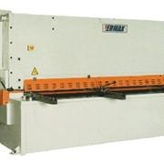 Рубка металла гидравлическими гильотинными ножницами модели CNC HVR 3100-16 фото