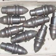 Резцы на буровую технику по глинистым грунтам, скальным породам, приварные зубья на обсадные трубы и т.д., также, тросы, страховочные сетки,бетоноводы для буровых установок и многое другое фото