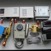 Контроллеры температуры и влажности фото