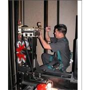 Демонтаж всех типов лифтов фото