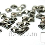 Камни-стразы клеевые 5х5 графит-упак 100 шт.. 24008 фото