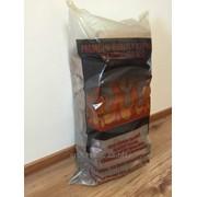 Дрова в пластиковых пакетах, 8-10 кг, бук, влажность 5-15%, FSC Дрова в картонных ящиках, 15 кг, бук фото